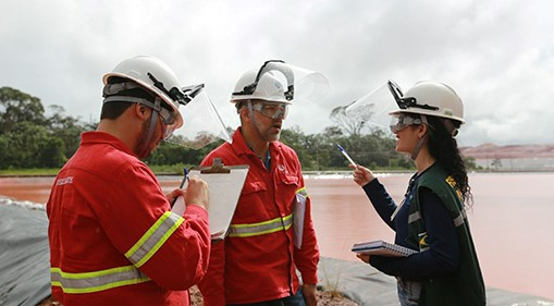 Die Aluminiumraffinerie Alunorte von Hydro wurde von starken Regenfällen getroffen und die Wasserstände wurden ständig überwacht.©Norsk Hydro