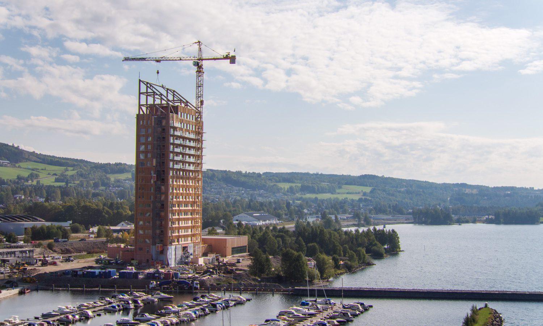Mjøstårnet, das höchste Holzhaus der Welt, wird im März 2019 eröffnet.©Moelven